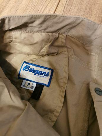 Pantaloni bergans