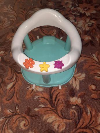 Детский стульчик для купания малышей