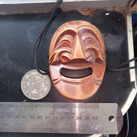 Винтажная маска сувенир