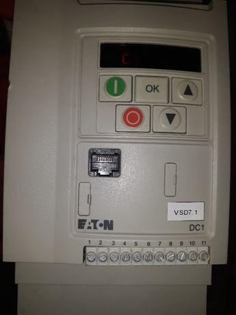Честотен регулатор(инвертор) EATON 1,5кw 400V AC