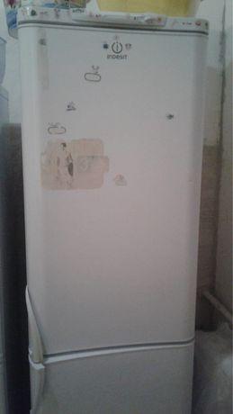 Продам  холодильник рабочий