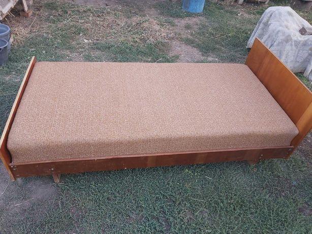 Продается кровать в хорошем состоянии,мягкая,удобная,чистая
