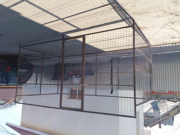 Vand țarca pentru câini după cererea clientului