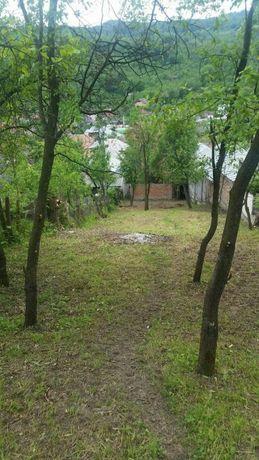 Casa + teren de vanzare