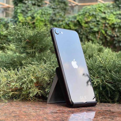 Телефон iPhone SE 64gb
