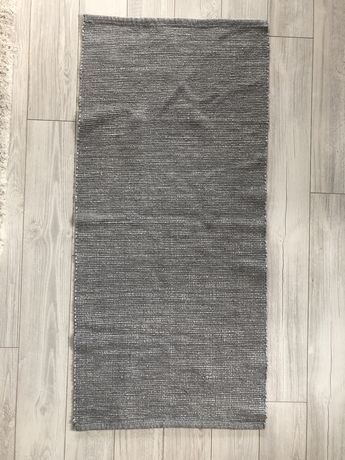 Сиво килимче 65х140 см