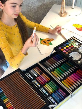 Подарки для детей!Набор для рисования в кейсе (145 предметов)!