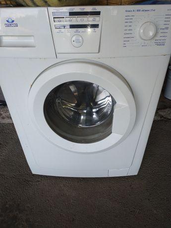 Продается стиральная машина
