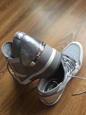 Adidasi , marca Michael Kors,originali