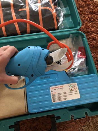 Foarfeca electrică cu acumulator pentru pomi și vie !