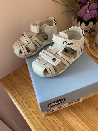 Детски сандали Чико