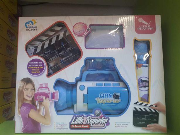 Set copii Micul reporter cu Camera de filmat, microfon ,ecuson,placa