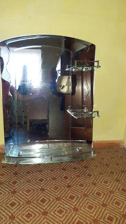 Продаётся зеркало в ванную