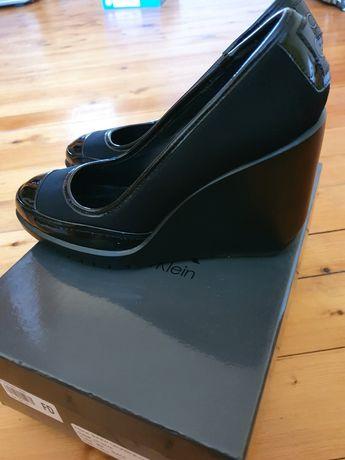 Calvin Klein обувки