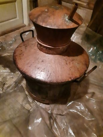 Vând cazan pentru distilat