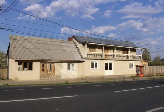 Vand casa (P + 1E) si teren in Racaciuni, E 85