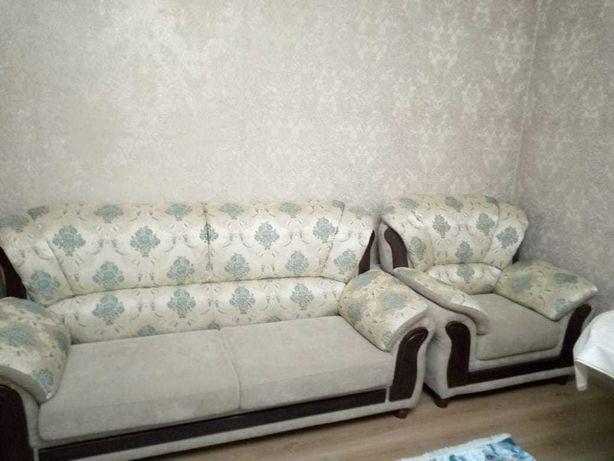 Продам мягкая мебель в связи с переездом в другой город.