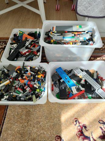 Продам детали конструктора Lego