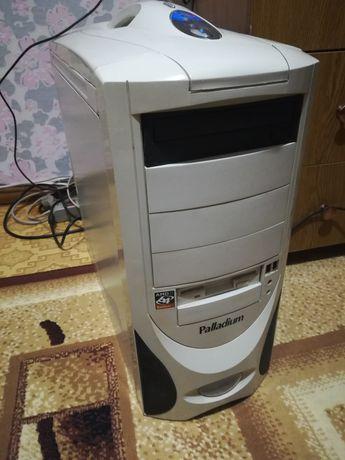 Компьютер системный блок монитор клавиатура мышь в сборе