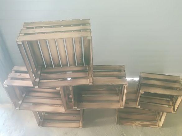 Дървени щайги за декорация