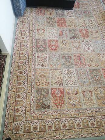 Продам ковры в отличном состоянии и качестве