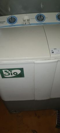 Продается стиральная машинка полуавтомат