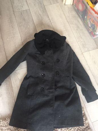 Почти даром пальто 2 шт