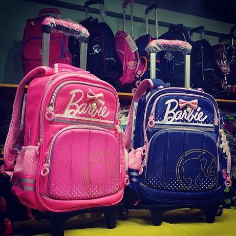 Школьный рюкзак на колесиках Barbie от Walt Disney