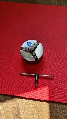 Universal Tos 100 mm strung Cehoslovac
