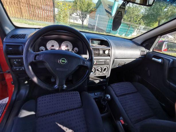 Vând Opel Astra G Caravan 1.8 16v benzină