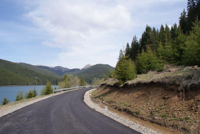 teren intravilan pe malul lacului Bolboci