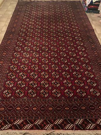 Продам натуральный туркменский ковер (халы) в отличном состояний.