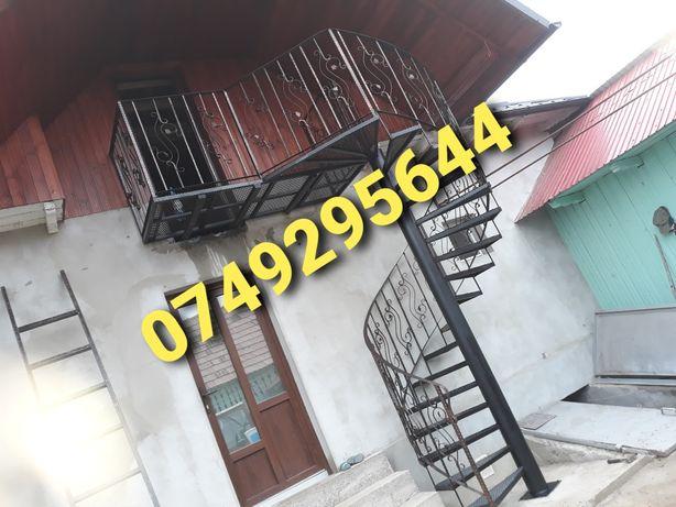 Scara spiralata, balcoane balustrada