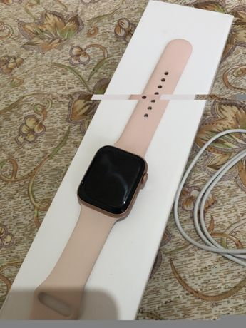 Продам apple watch 5 серии