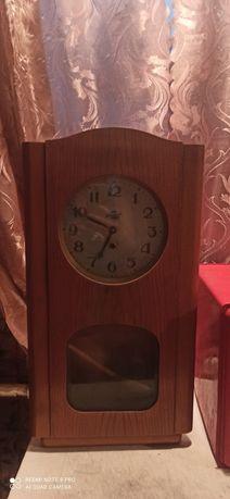 Часы старинные 50 го года!
