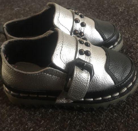 Обувь на девочку 21 размер