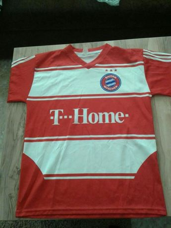 Страхотна ,колекционерска тениска на Bayern Munchen