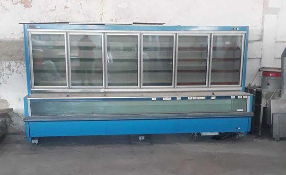 Вертикална хладилна витрина с дължина 4м