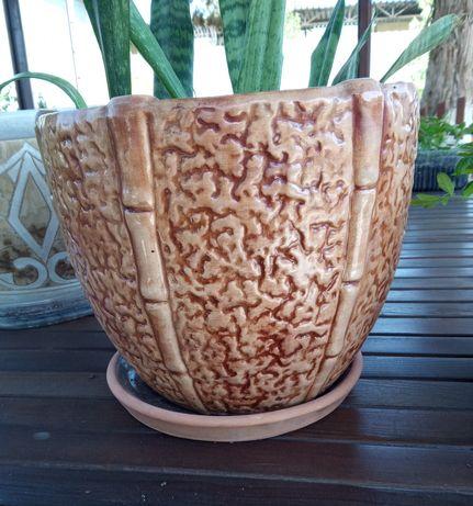 Керамический горшок большого диаметра