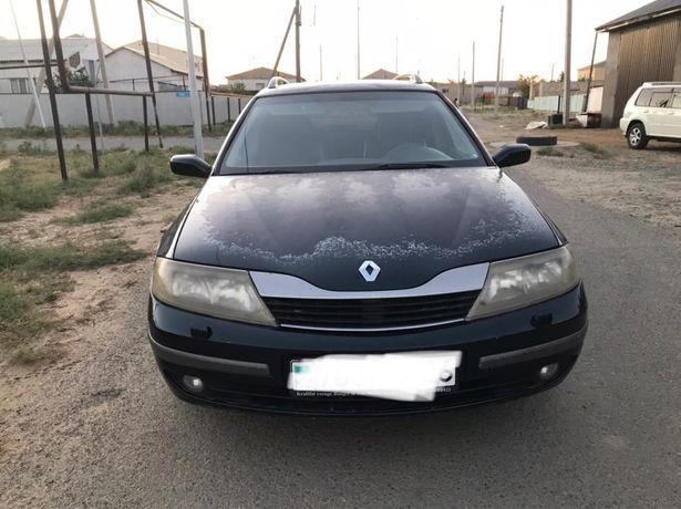 Renault Laguna 2003.