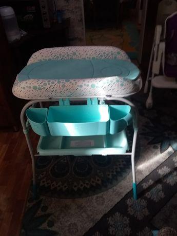 Пеленальный столик с ванночкой Chicco 2 в 1
