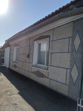 Дом частный в хорошем районе из 5 ти комнат  с  капитальный  ремонтом