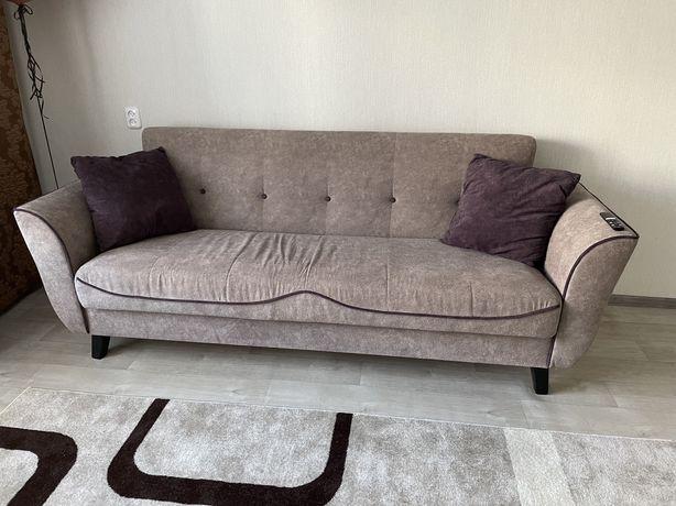 Продам диван в отличном состоянии!