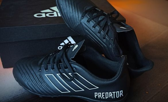 Adidas Predator.