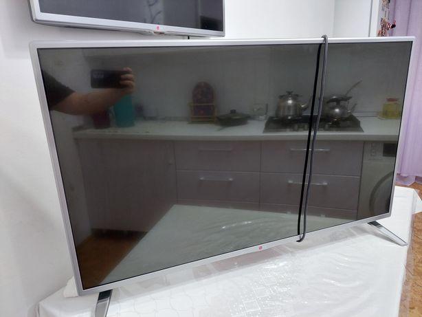 Телевизор LG модель 42lb582