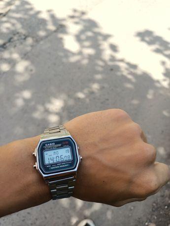 Часы касио  KASIO