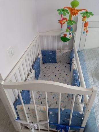 Детская кроватка в комплекте