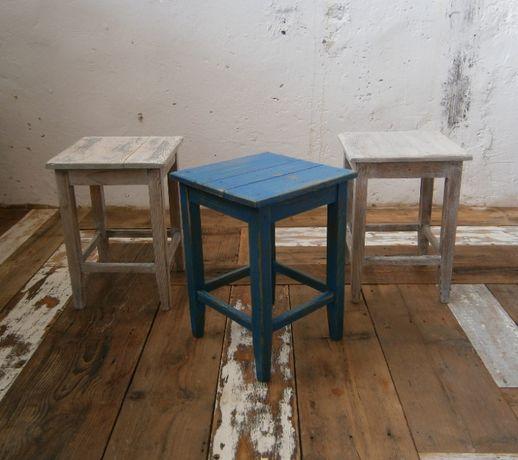 Tabureti vechi din lemn masiv reconditionati (Scaune/Mobila)