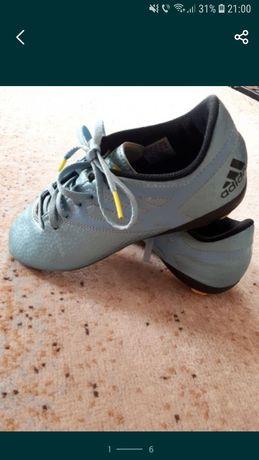 Ghete Adidas pt fotbal 35