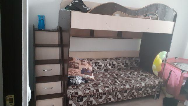 Продам кровать  срочно
